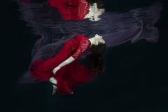 DO001-floating-Mariana-Visser